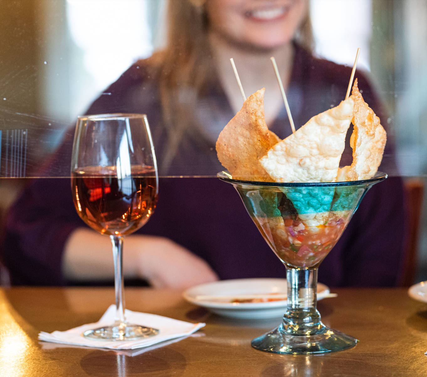 wine-glass-chips